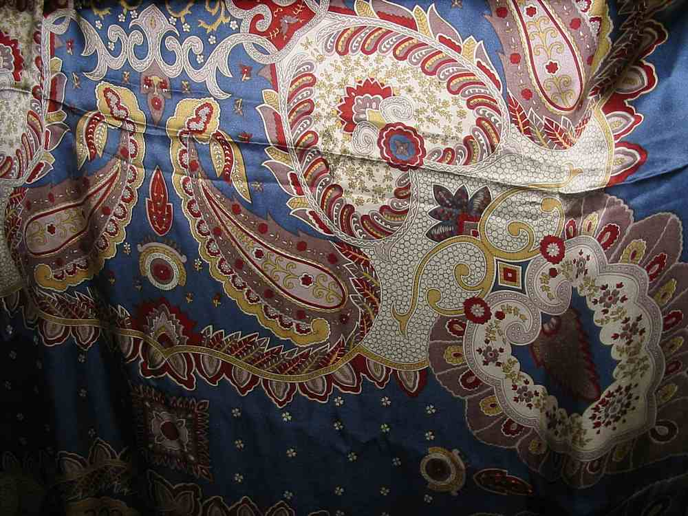 SO 2198B / BLUE            / Silk Charmeuse Print 16 M/M, 100% SILK