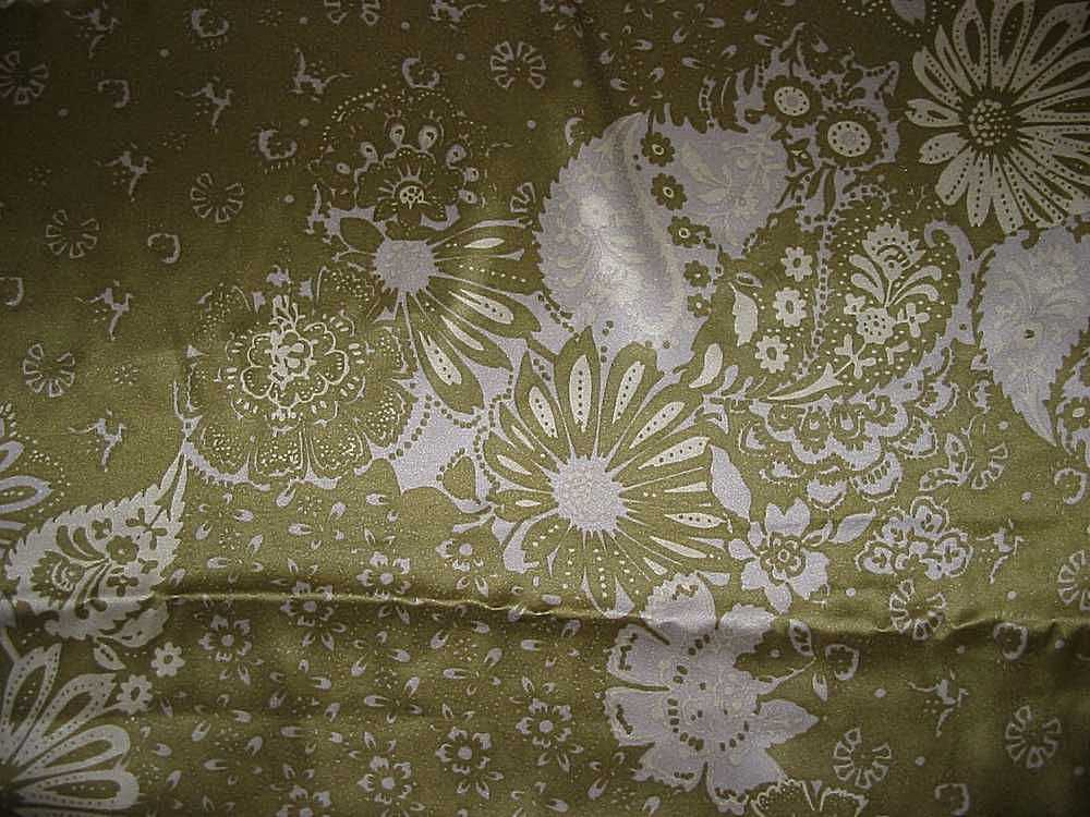 FIE-206-472-4 / OLIVE                 / SILK/COTTON VOILE PRINT 13 M/M, 48% SILK/52% COTTON