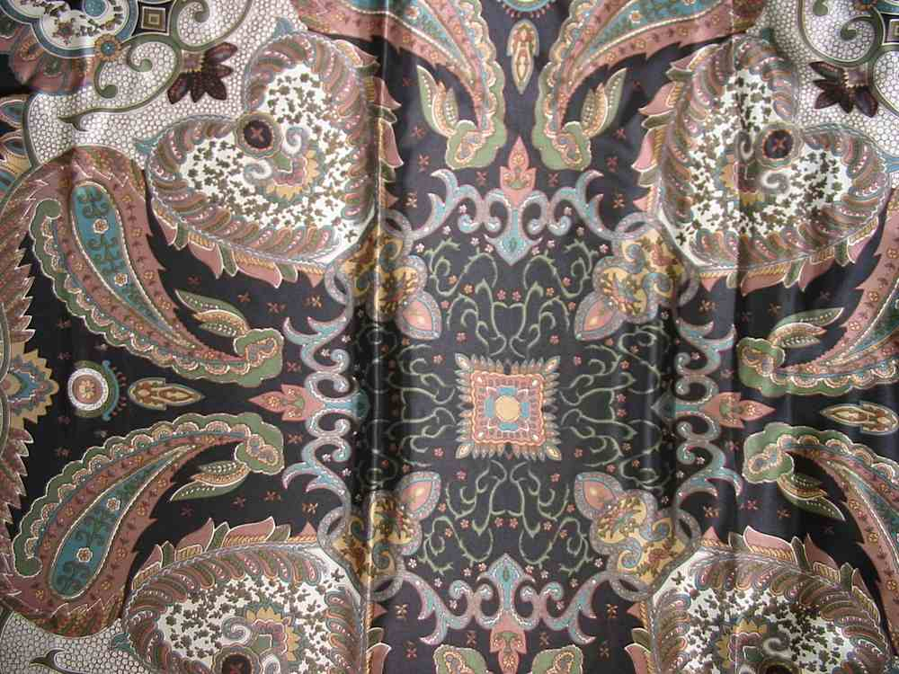 SO 2198 / BLACK                 / 100% Silk Charmeuse Print 12 M/M