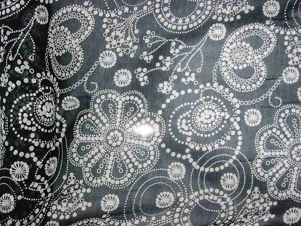 FIE-2006-192 / BLACK/WHITE         / SILK/COTTON VOILE PRINT 9 M/M